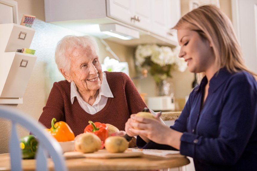 Helping Your Parent Make the Decision to Move into a Senior Living Community