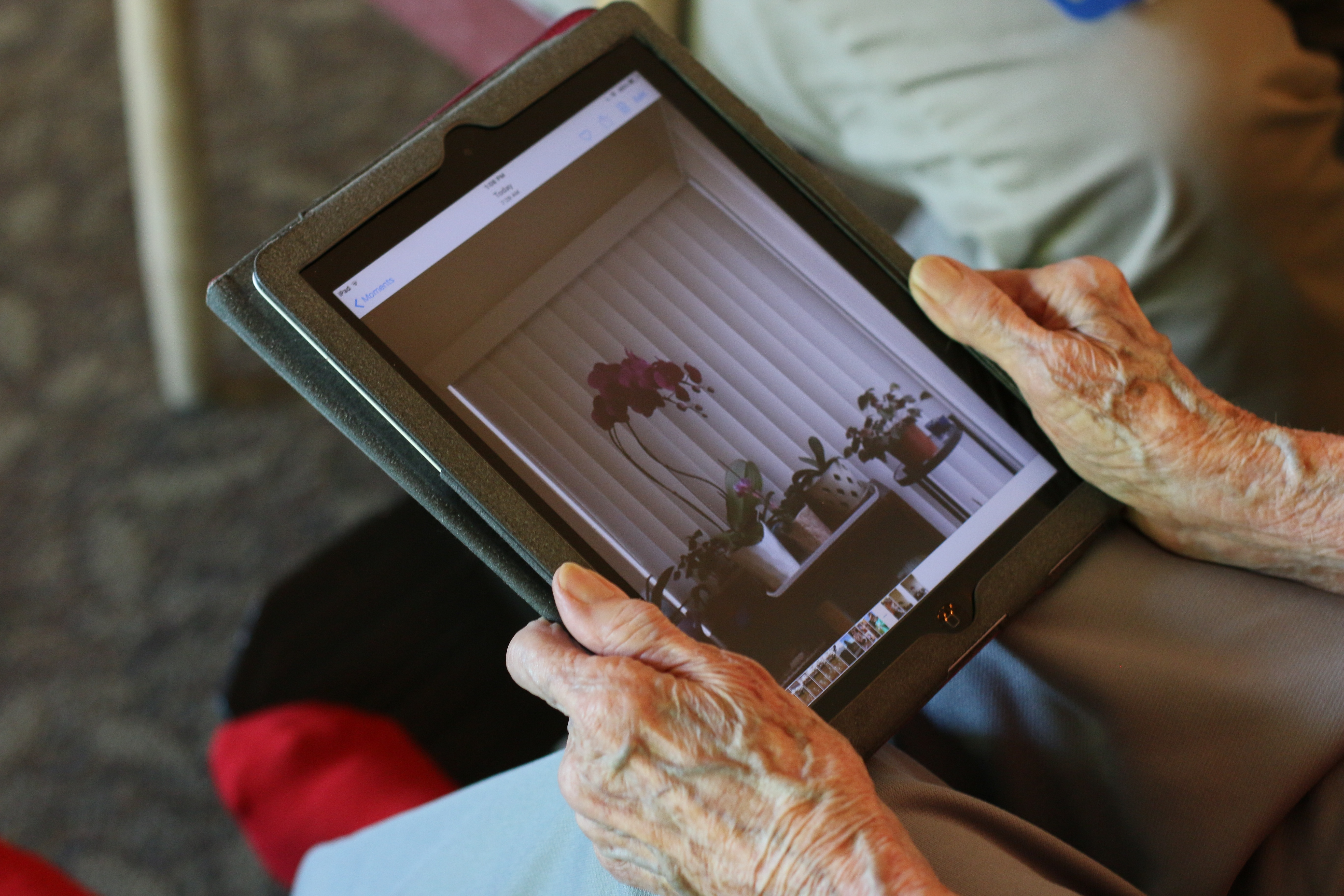 Eskaton Seniors Use Technology
