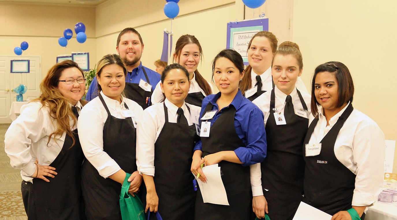 Auston_and_EVC_Dining_Services_Team.jpg