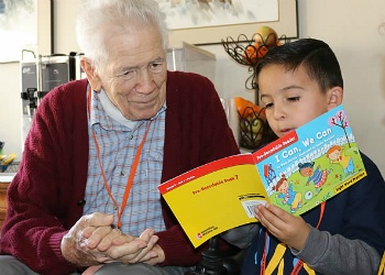seniors-learn-from-kids.jpg