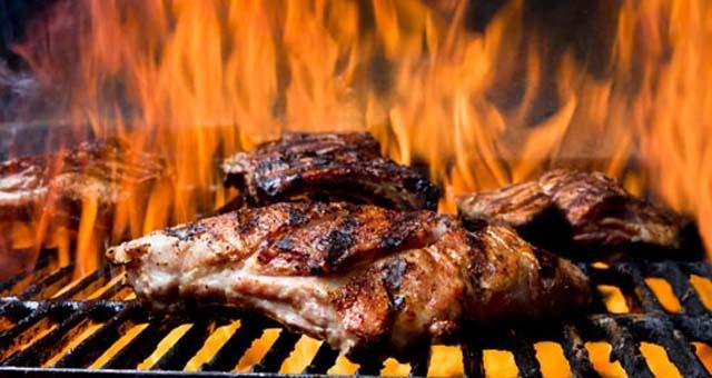Eskaton_Village_Carmichael_BBQ_Lunches.jpg