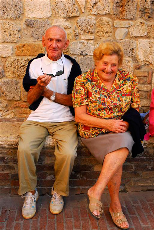 HM---51---RichardTurner-Beautiful-Italian-Couple-(Medium)